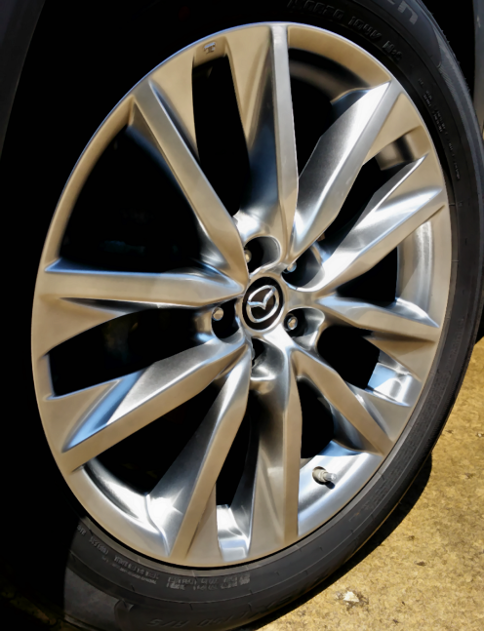 Vehicle wheel with bright metallic smooth satin paint. Satin Hypersilver appearance